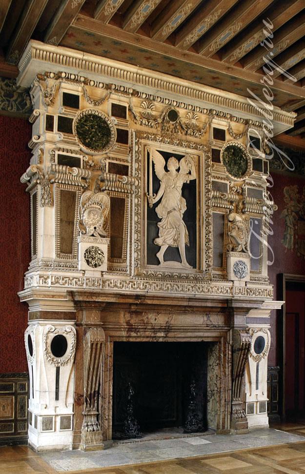 Камин франция 18 век старинные